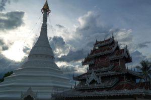 Wat-Phra-That-Doi-Kong-Mu-Mae-Hong-Son-Thailand-002.jpg