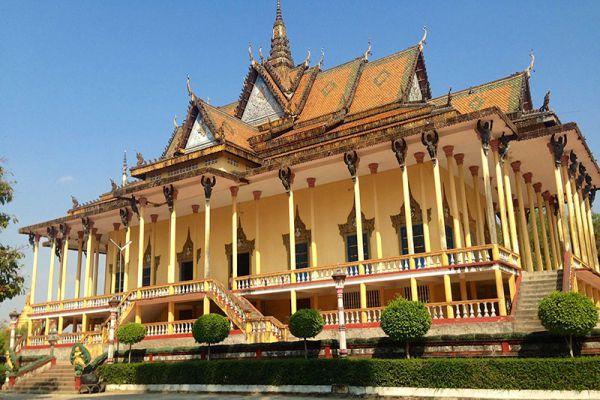 100-Column Pagoda