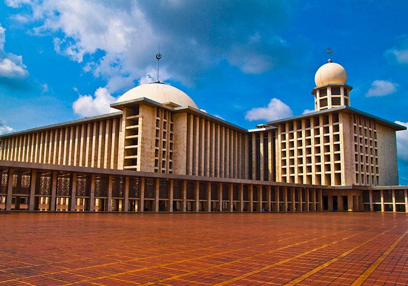 Istiqlal Mosque : Jakarta, Indonesia