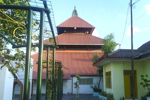 Kauman Great Mosque