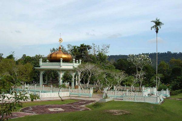 Mausoleum of Sultan Bolkiah