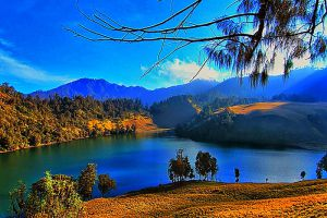 Ranu Kumbolo Lake