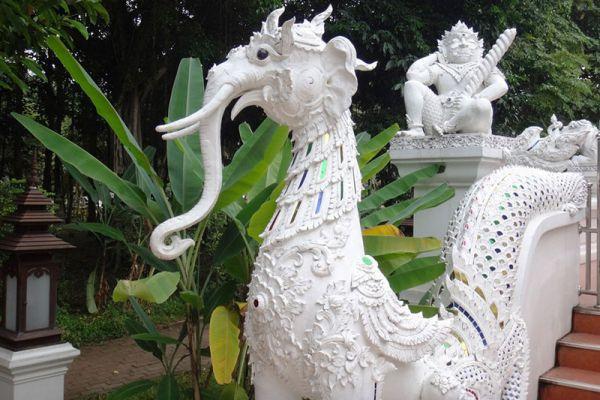Wat Pa Dara Pirom