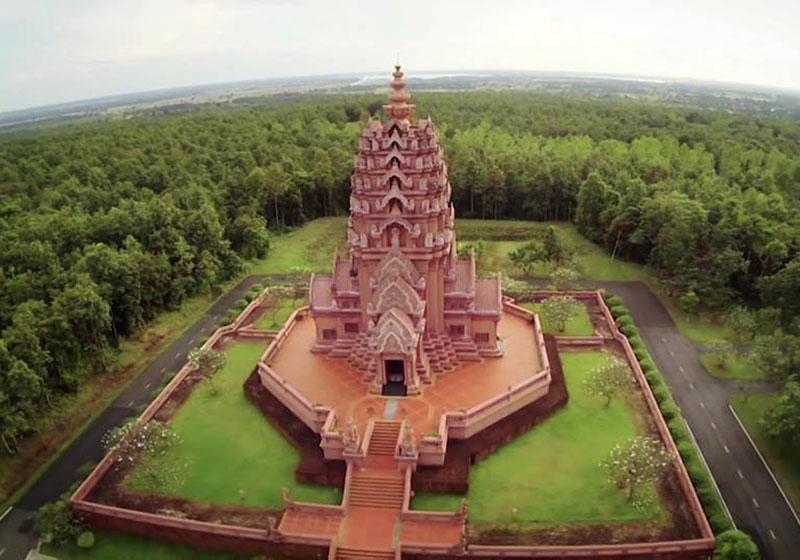Wat Pa Khao Noi