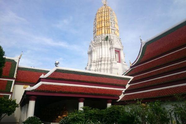 Wat Phra Si Rattana Mahathat Woramahawihan