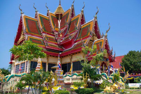 Wat Plai Leam Temple