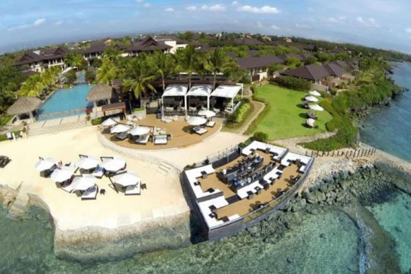 Crimson Resort & Spa Mactan