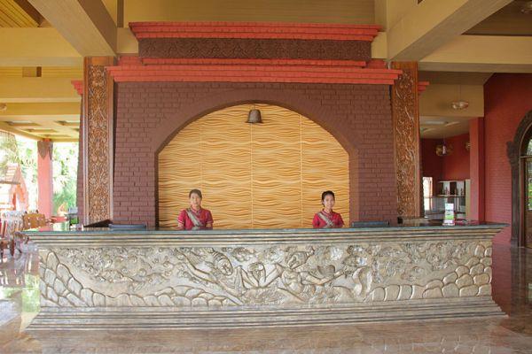 Gracious Hotel
