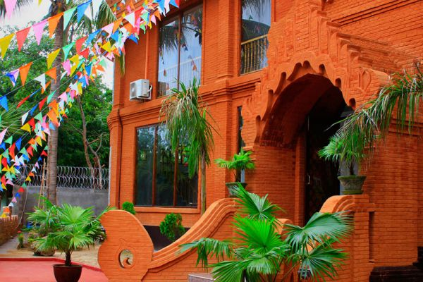 The Floral Breeze Hotel Bagan