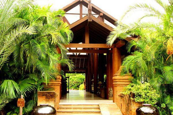 The Hotel Tharabar Gate
