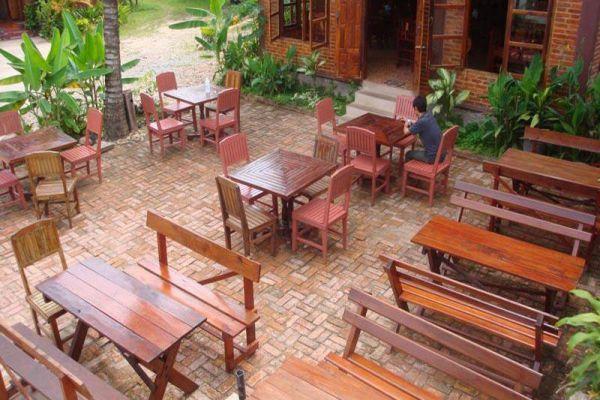 Zuela Guesthouse & Restaurant