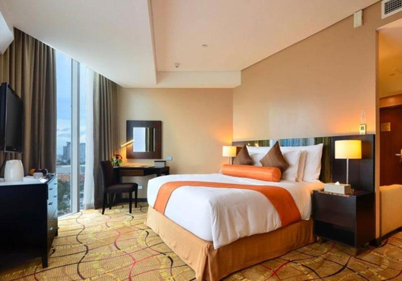 Acacia Hotel Manila