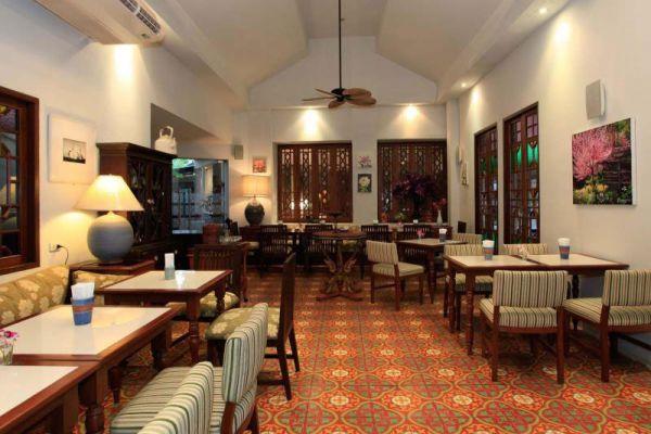 At Pingnakorn Hotel Chiang Mai
