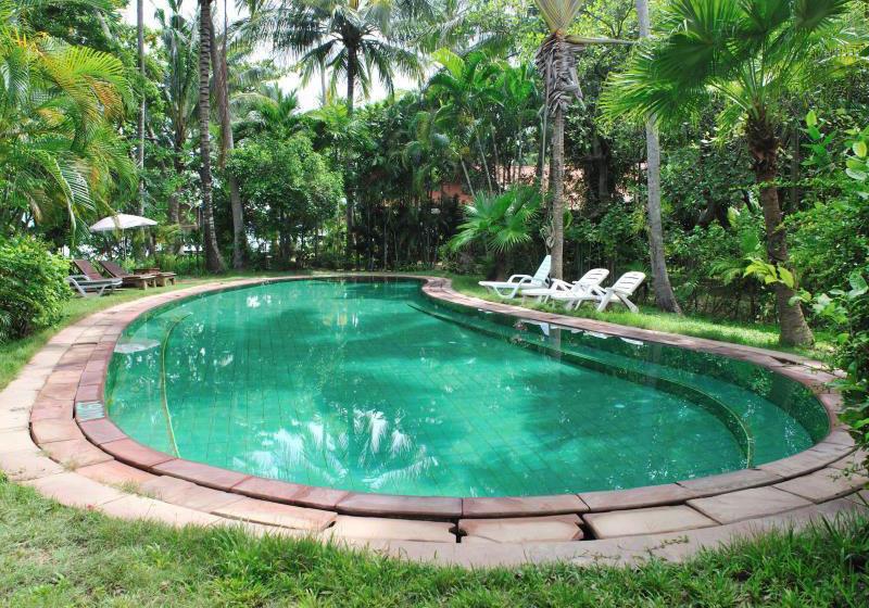 Baan Mai Cottages & Restaurant Phuket