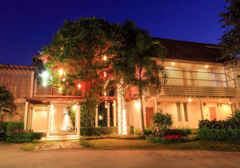 Belle Villa Hotel Mae Hong Son