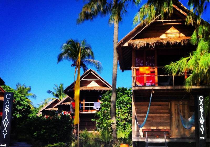 Castaway Beach Resort Lipe