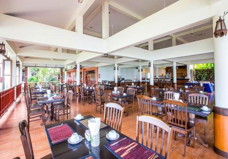 Casuarina Beach Resort Lanta