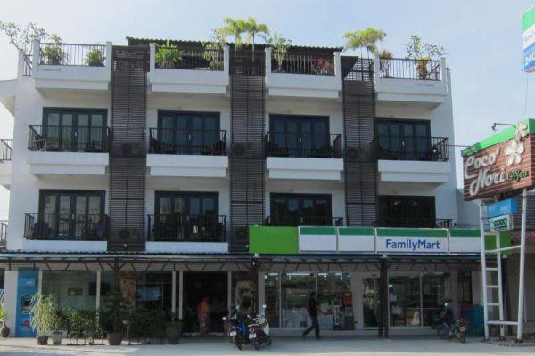 Coco Nori at Sea Hotel Krabi