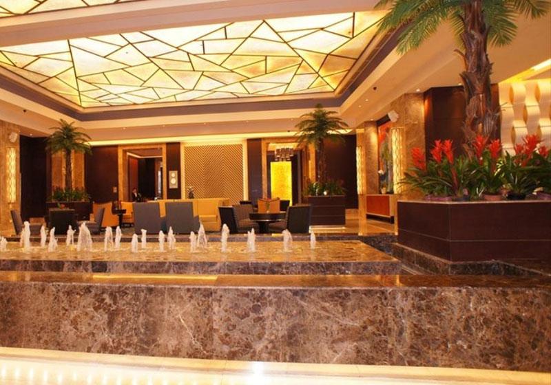 Crimson Hotel Filinvest City Manila
