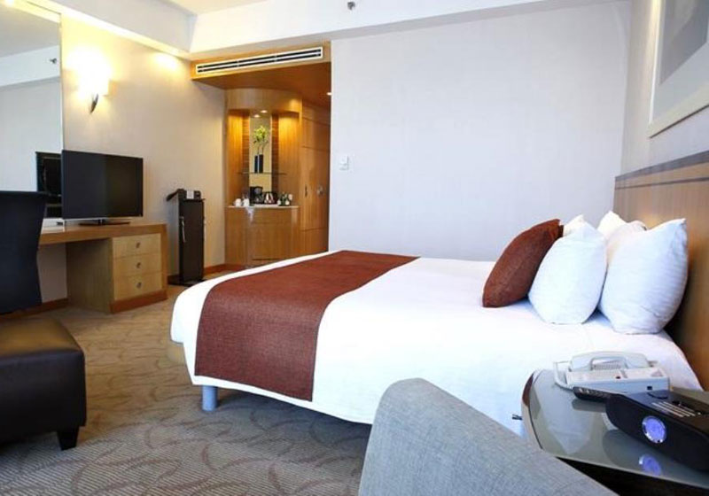 Crowne Plaza Galleria Hotel Manila