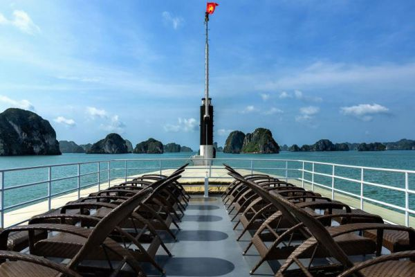 Emeraude Classic Cruises Halong