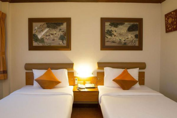 Hotel de Karon Phuket