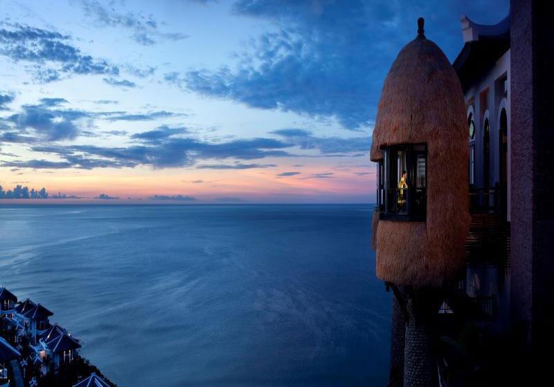 InterContinental Sun Peninsula Resort Danang