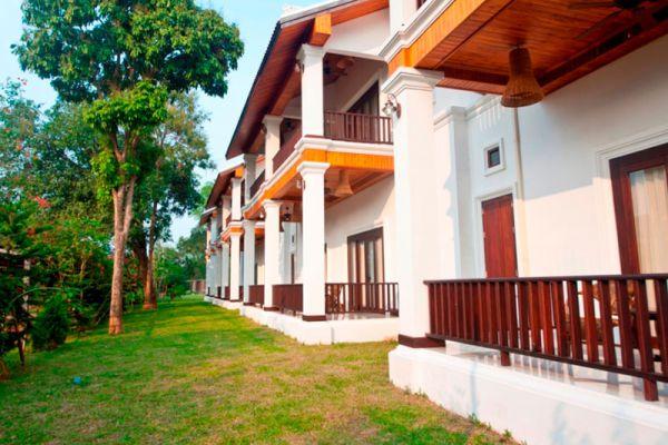 Nam Ou Riverside Hotel & Resort Luang Prabang