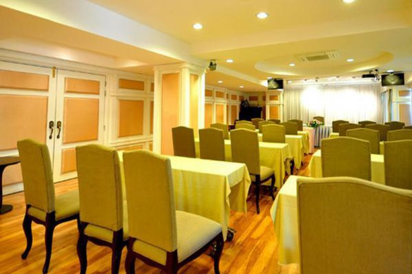 Palace Hotel Nonthaburi