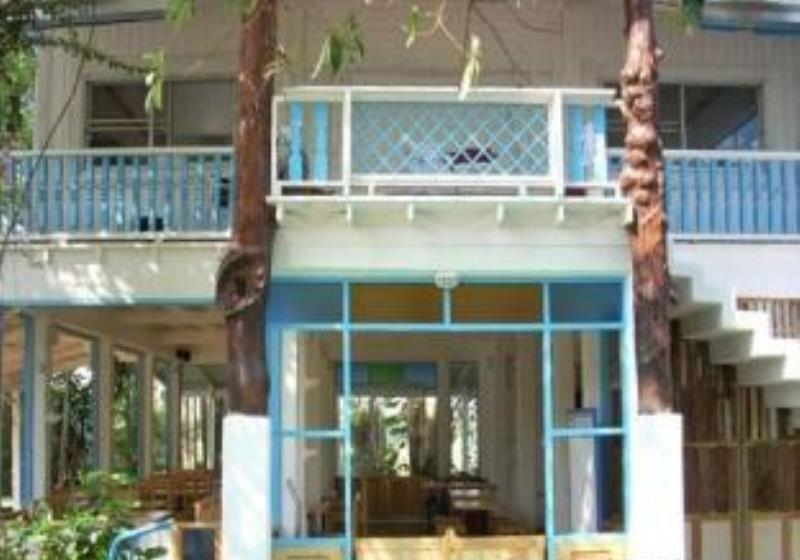 Scenic Riverside Resort