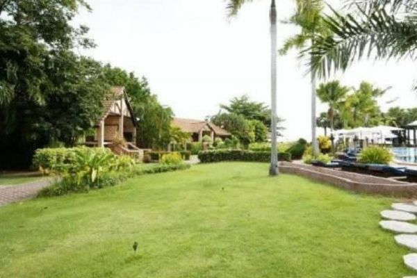 Botany Beach Resort Pattaya