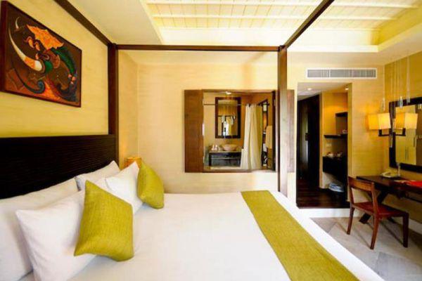Iyara Beach Hotel & Plaza Samui