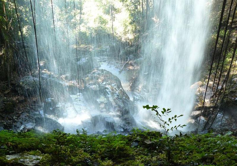 Cha Ong Waterfall : Ratanakiri