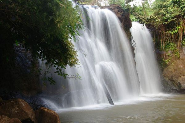 Katieng Waterfall : Ratanakiri