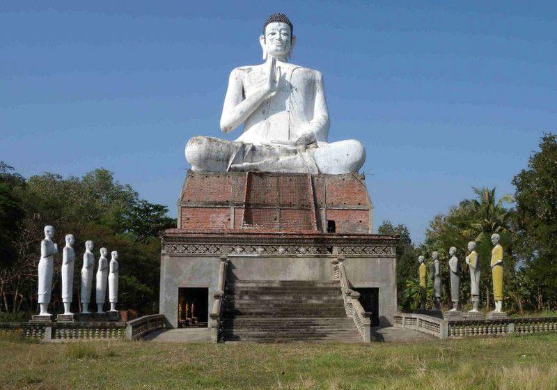Wat Ek Phnom Battambang