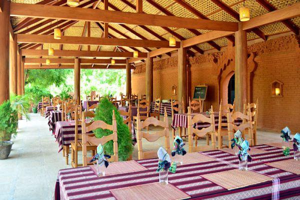 7 Sisters Restaurant Bagan