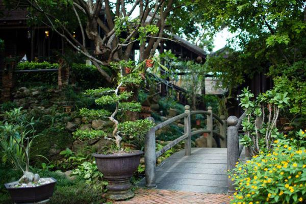 Ancient Restaurant Hue