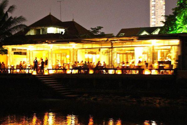 Deck Saigon Restaurant