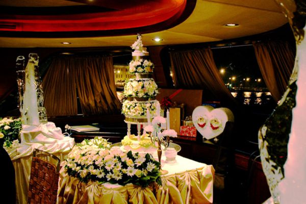 Grand Pearl Cruise Restaurant