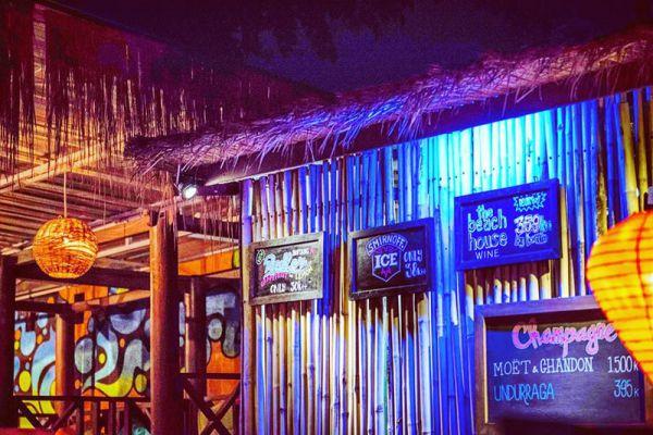 La Chill Bar & Grill Restaurant