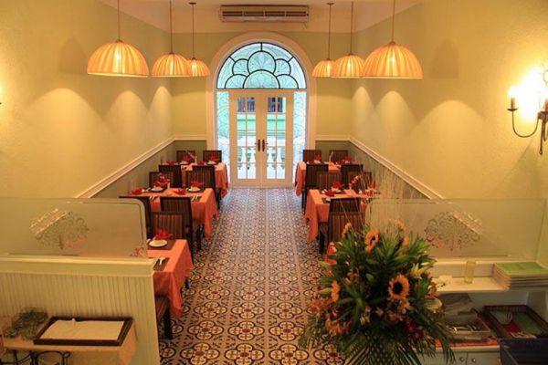 Lemongrass Saigon Restaurant