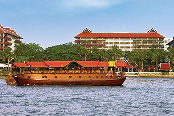 Manohra Cruise Restaurant