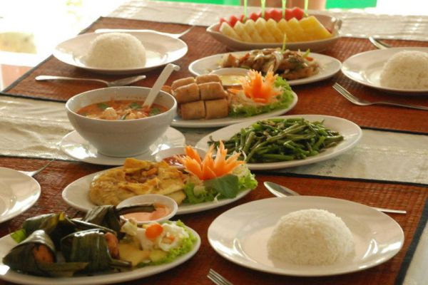 Ruean Rojjana Restaurant