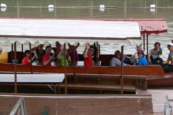 Ayutthaya Boat & Travel