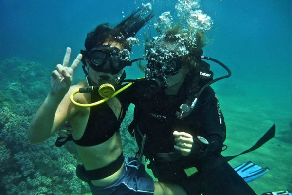 Cham Island Dive Center