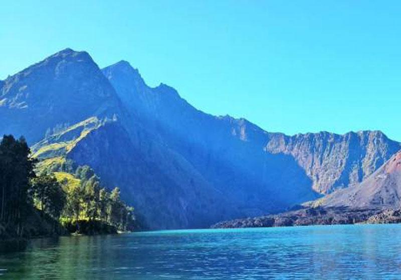 Rinjani-Samalas-Tour-Trekking-Lombok-Indonesia-003.jpg