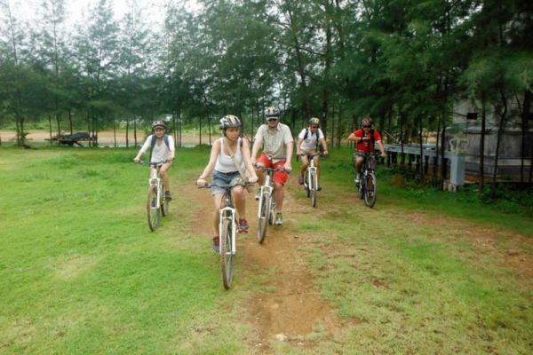 Slow Life Cycling Tours