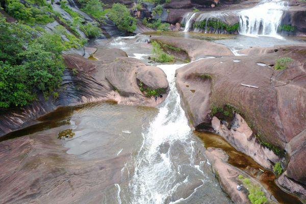 Tham Phra Waterfall