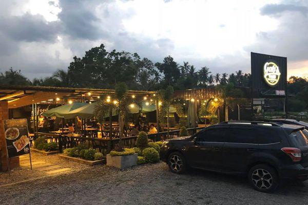 Gab's Yard Steak House & Grill Restaurant