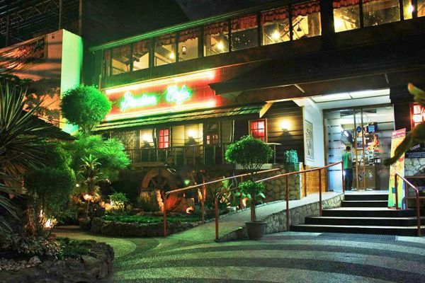 Garden Café Restaurant